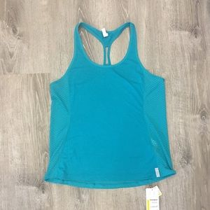 🆕 under Armour top